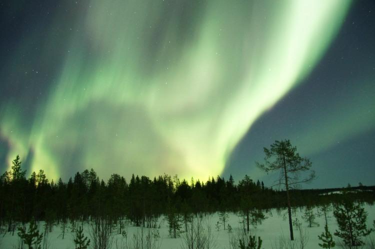 aurora-borealis-above-the-north-pole-greenland